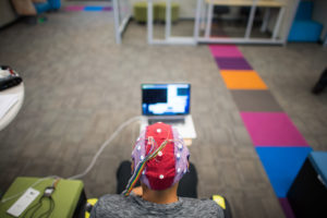 Ramsés Alcaide espera que la tecnología de Neurable y que desarrollarán para realidad virtual y aumentada, algún día sea utilizada para personas con discapacidades físicas.