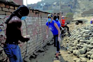 Lindsay McClintic durante en voluntariado en Lima, Perú.