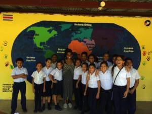 : La estutiante de trabajo social Lauren Birks durante su estadía en en Costa Rica