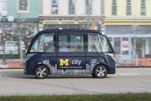Dos van autónomas transportarán a estudiantes de la Universidad de Michigan