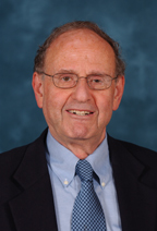 Arnold Monto es un profesor de epidemiología y de salud pública global en la Universidad de Michigan