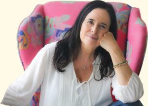 """Ruth Behar, antropóloga de la Universidad de Michigan, gana premio por """"Lucky Broken Girl."""""""