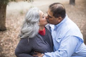 Sexo después de los 65: Encuesta de adultos mayores muestra brecha entre géneros, falta de comunicación con doctores