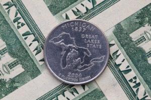 Líderes en Michigan están preocupados por los posibles efectos de la próxima recesión